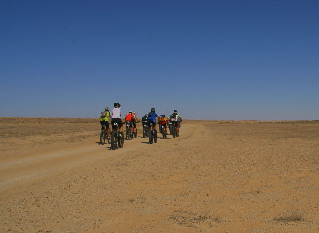 Electric-fat-bike-desert-safari-tour-dubai